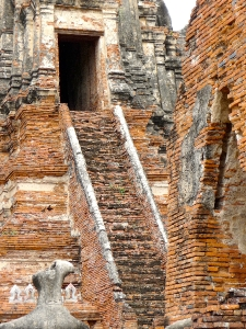 temple ruins at Ayutthaya